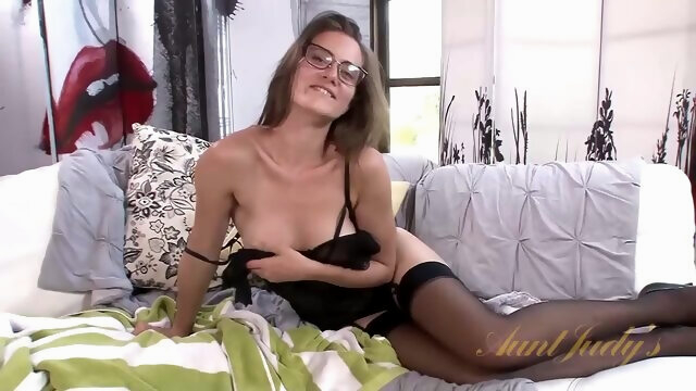 AuntJudys - Kitten.. amateur brunette hairy