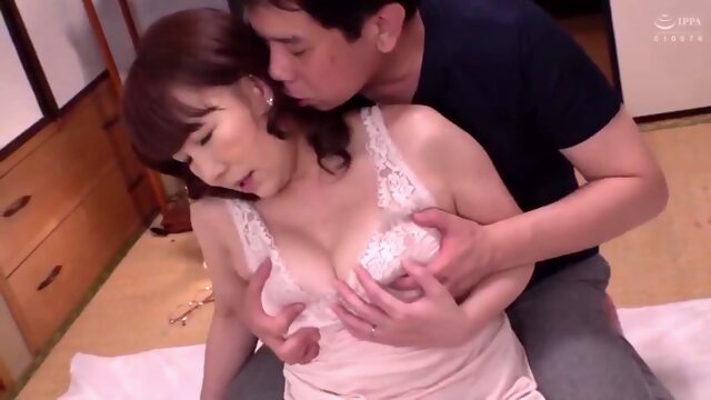 Hot japonese.. amateur japanese mature