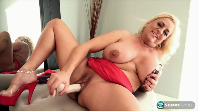 Charli Adams is a.. big tits blonde hd